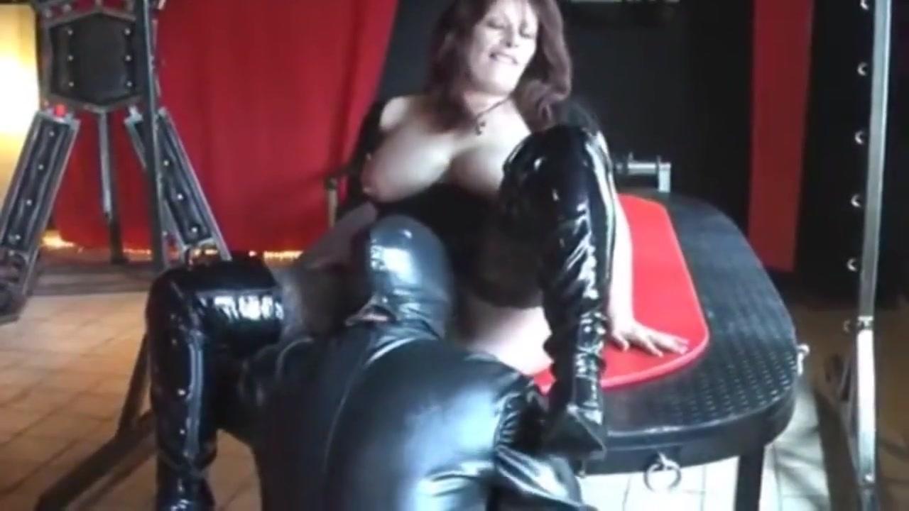 Junger sklave fickt mich big booty black lesbian amile sloppy with diva ninety