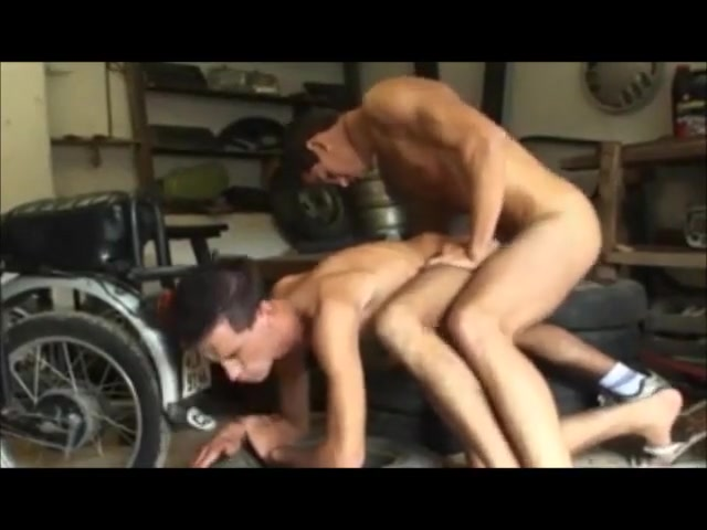 Werk statt freuden Hot milf big tits balcony