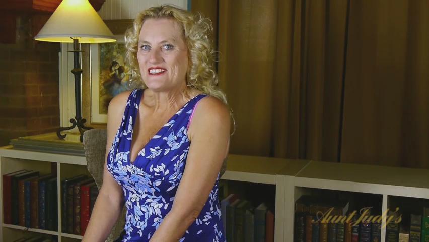 Lady Dalbin in Interview Movie - AuntJudys