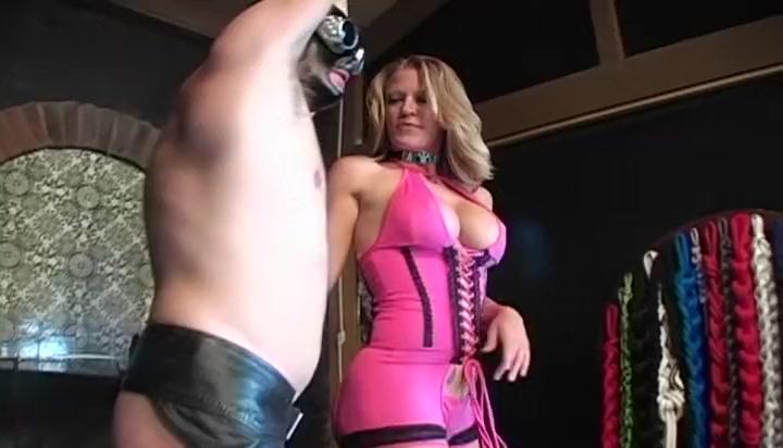 Incredible Big Tits Tattoo & Piercing sex movie. Enjoy Sunny Leone Puck 3 X