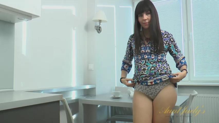 Malavi Mepanse in Masturbation Movie - AuntJudys Sexy latina dating