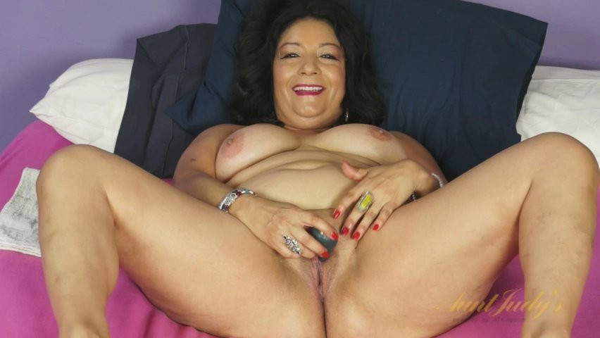 Isis in Toys Movie - AuntJudys Females on shemales ken james