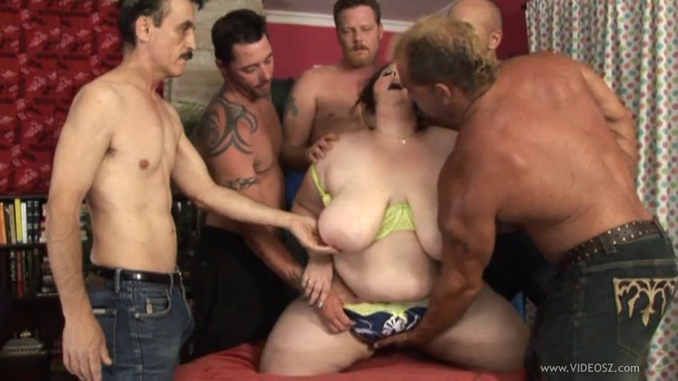 big beautiful woman group-sex