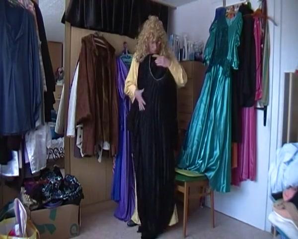 Franzi im langen gelben nachtkleid Latina first anal video