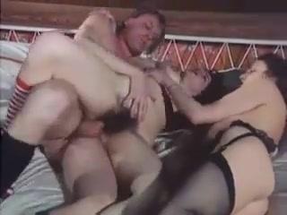 Hairy vintage xxx sexy free porn video