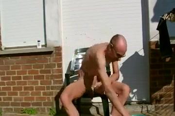 Shaving myselfoutsidein my backyard red hair girls ass porn