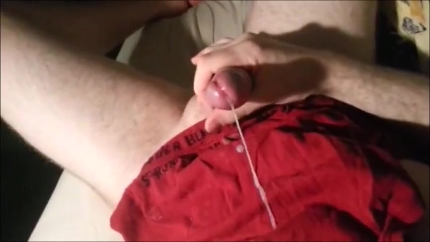 Guys dumping loads in their favorite cum rags Morritas ricas