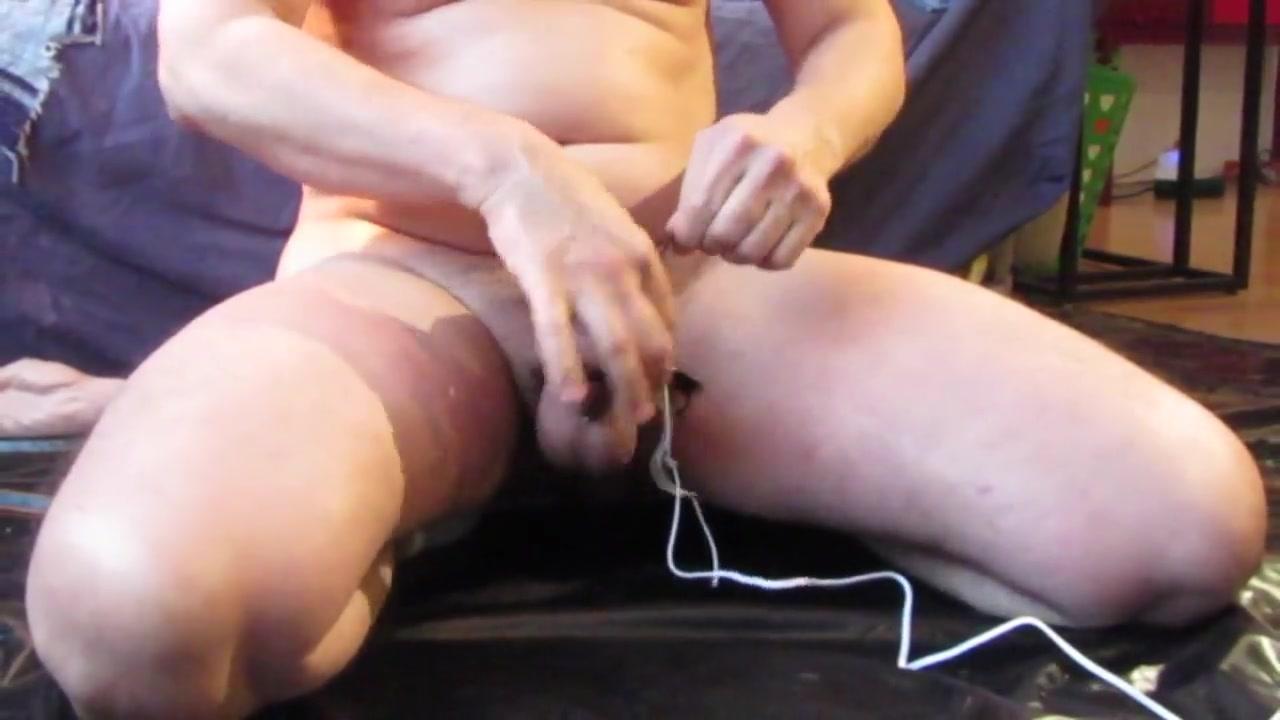 Cum after anal training a estim cumshot guard kentucky national nude photo