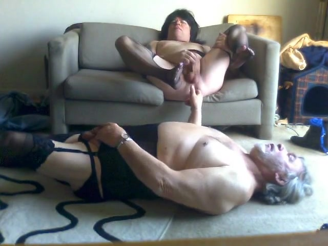 Donna playing with a cd sexy girls having sex with multiple
