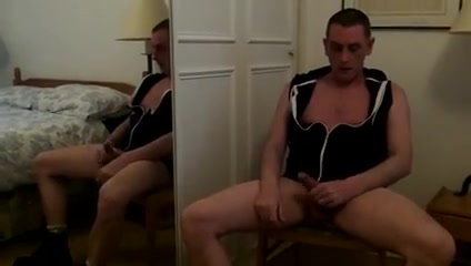 Gay exhibitionist in the mirror Black deepthroat massage
