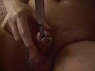 Insertion of a 8.5mm dittel van buren granny asian free sex