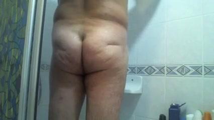 Shower 1 Hot Milf Running