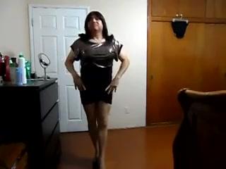 Transgender shine gold black bottom mini dress video1 Englihs Porn