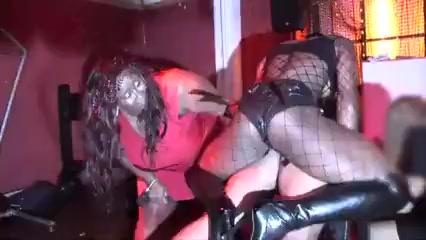 Black strapon queen Teen masturbation orgasm porn videos