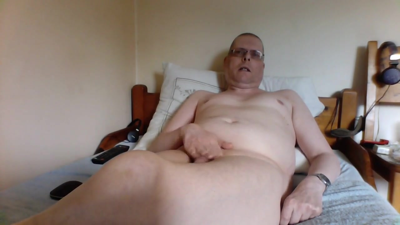 Mein video Mature shows her pussy on webcam