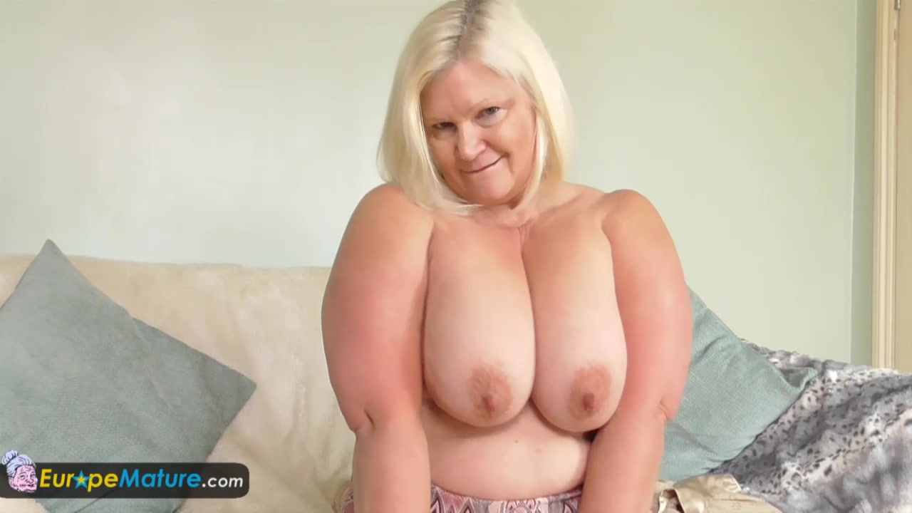 EuropeMature Busty granny Lacey has wet cunt dixies trailer park review rabbit