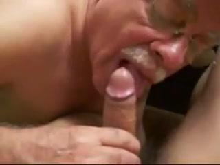 Moustache Daddy blowing 7 Homemade amateur porn pics
