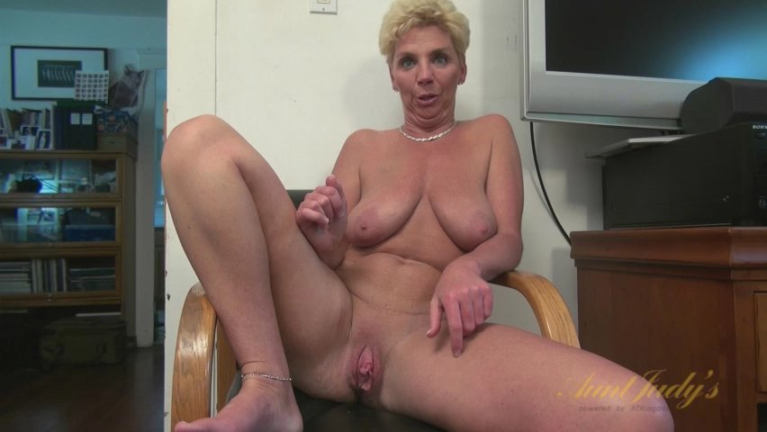 Taylor Lynn in Interview Movie - AuntJudys hot nude men and women making love