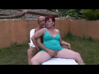 Lovelly Granny Outdoor R20 Free female masturbation video thumbnails