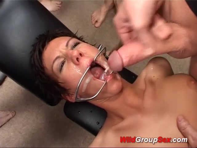 big ass german in wild groupsex orgy Grosse anal pour cette german mature