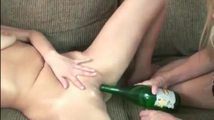 Amateur - Two Matures Bottling Show My hot passionate cute girlfriend