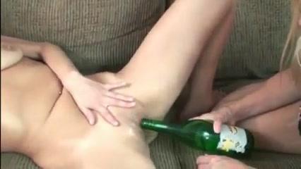 Amateur - Two Matures Bottling Show Tranny butt hole shots