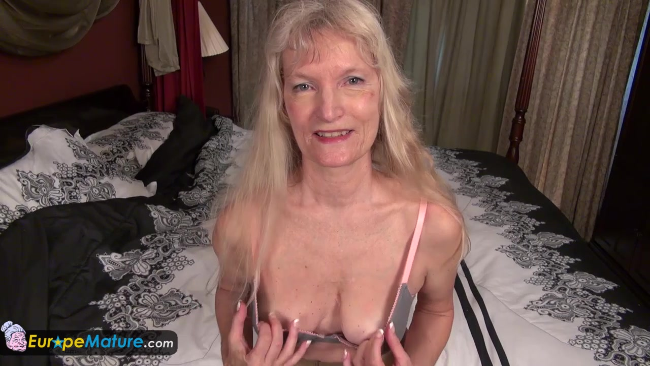 EuropeMature Old granny Cindy gone too horny Woman on top orgasm