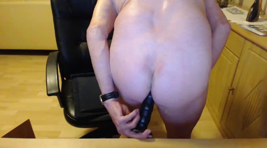 Mein dildo ist super geil noch geiler ware ein schoner dicker steifer schwanz 2 big boobs hard lick boobs forcde