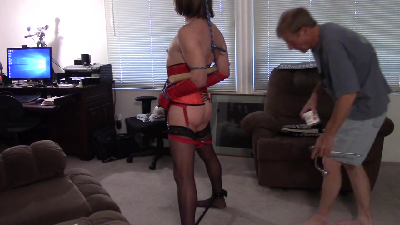 Sunday with Michelle 2 how do girls make themselves squert