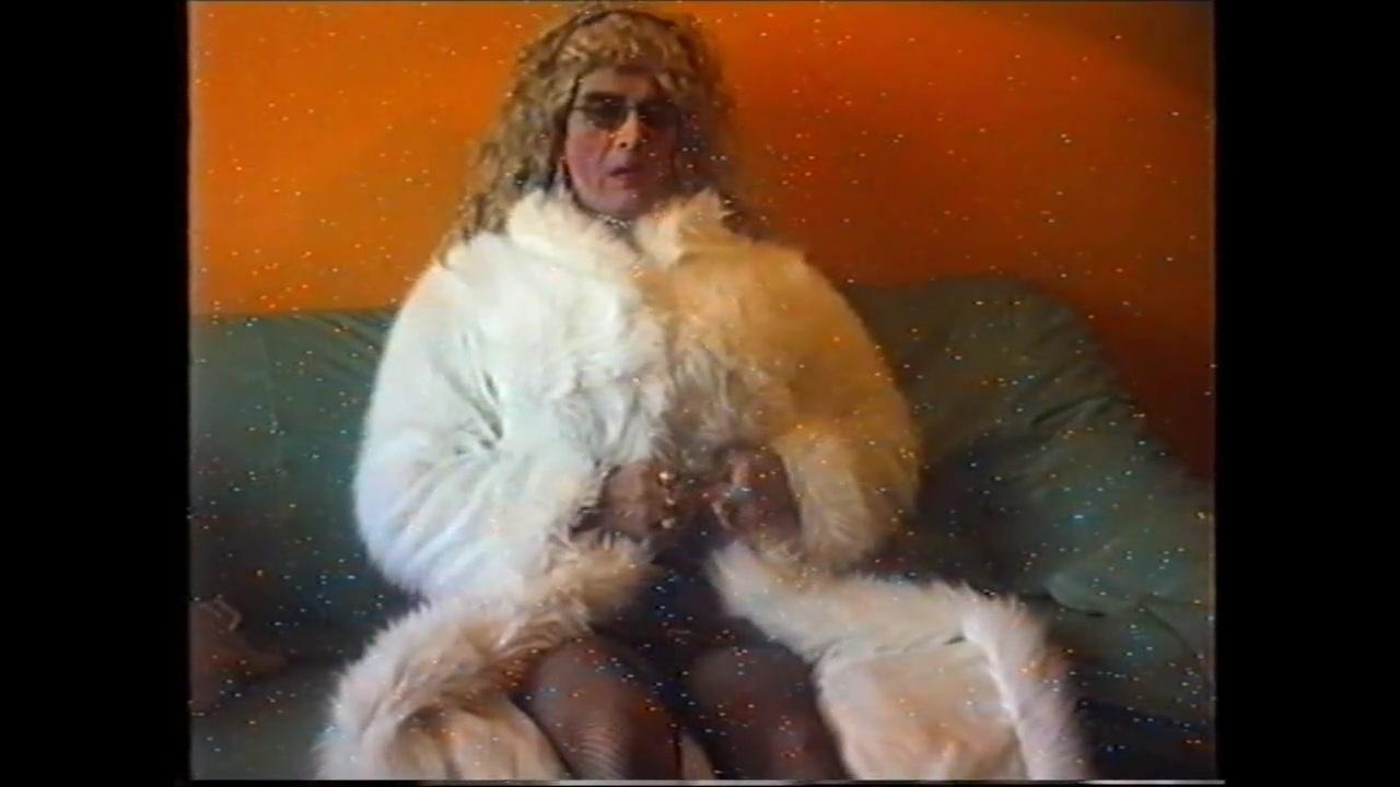 Bin eine geile Pelz Schlampe alex mccord nude uncensored