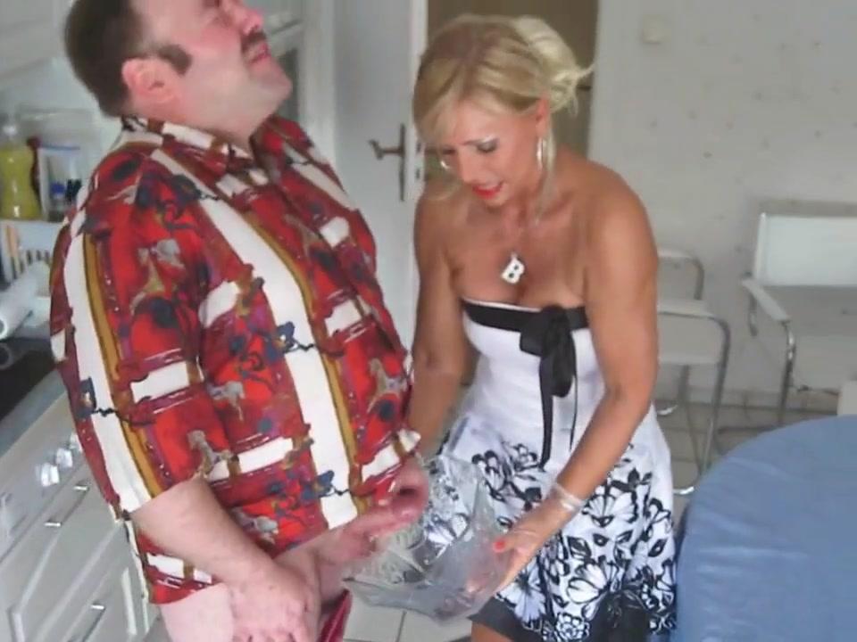 Mistress lady Bondage suck nipple