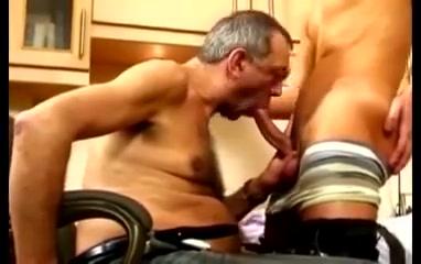 Boy Fucks his Mature Boss Bar hook up porn
