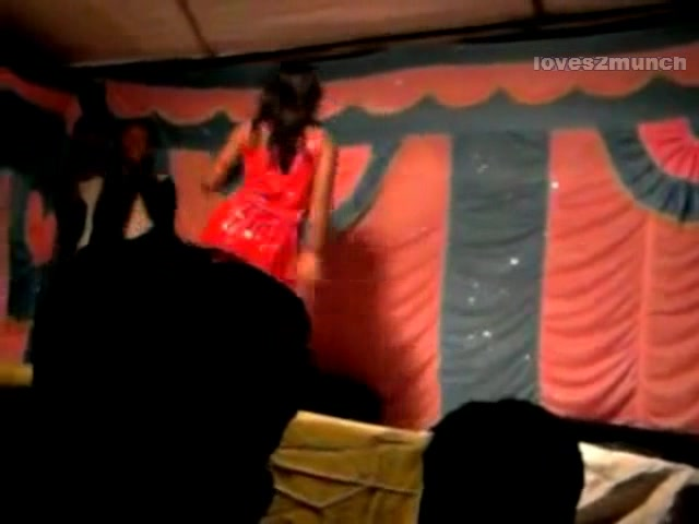 Desi Bhabhi Dances Nude on Stage in Public Ultimate handjob twice