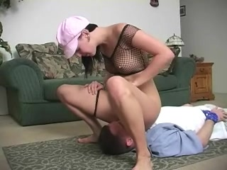 Breathplay under her ass indian aunty getting fucked