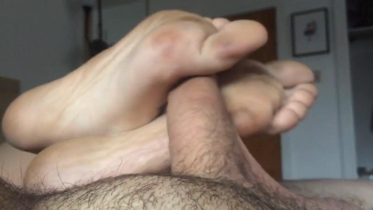 BARE FOOT Amateur Footjob Massage porn free movies online
