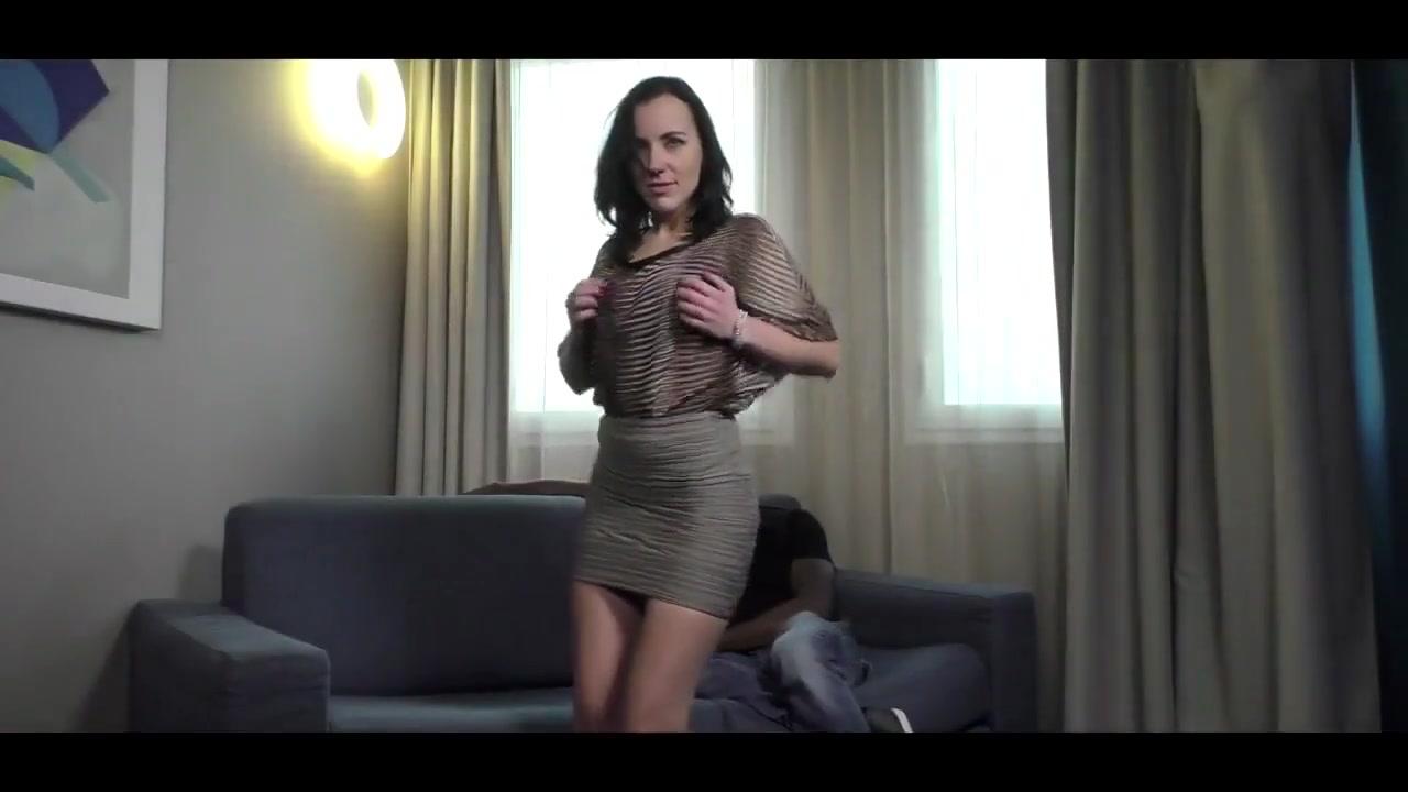 Brunette milf horny for bbc Safe sex porn gifs