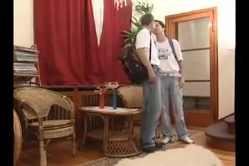 Three Boys Bareback Single hottie in Liechtenstein