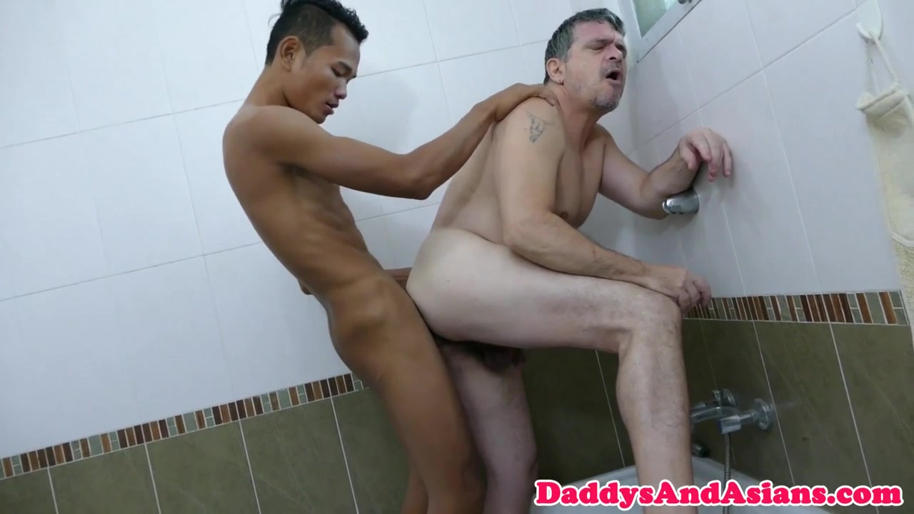 Skinny asian twink assfucking bear in shower xxx sex tube videos