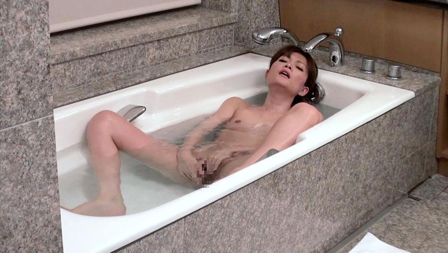 Rin Ninomiya in MILF Makes Her Comeback - MilfsInJapan