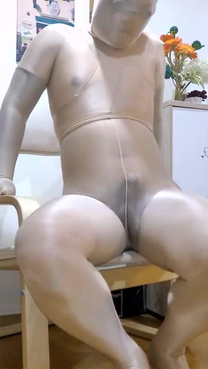 Pantyhose encasement and jerk off Nude pakistani whores sucking