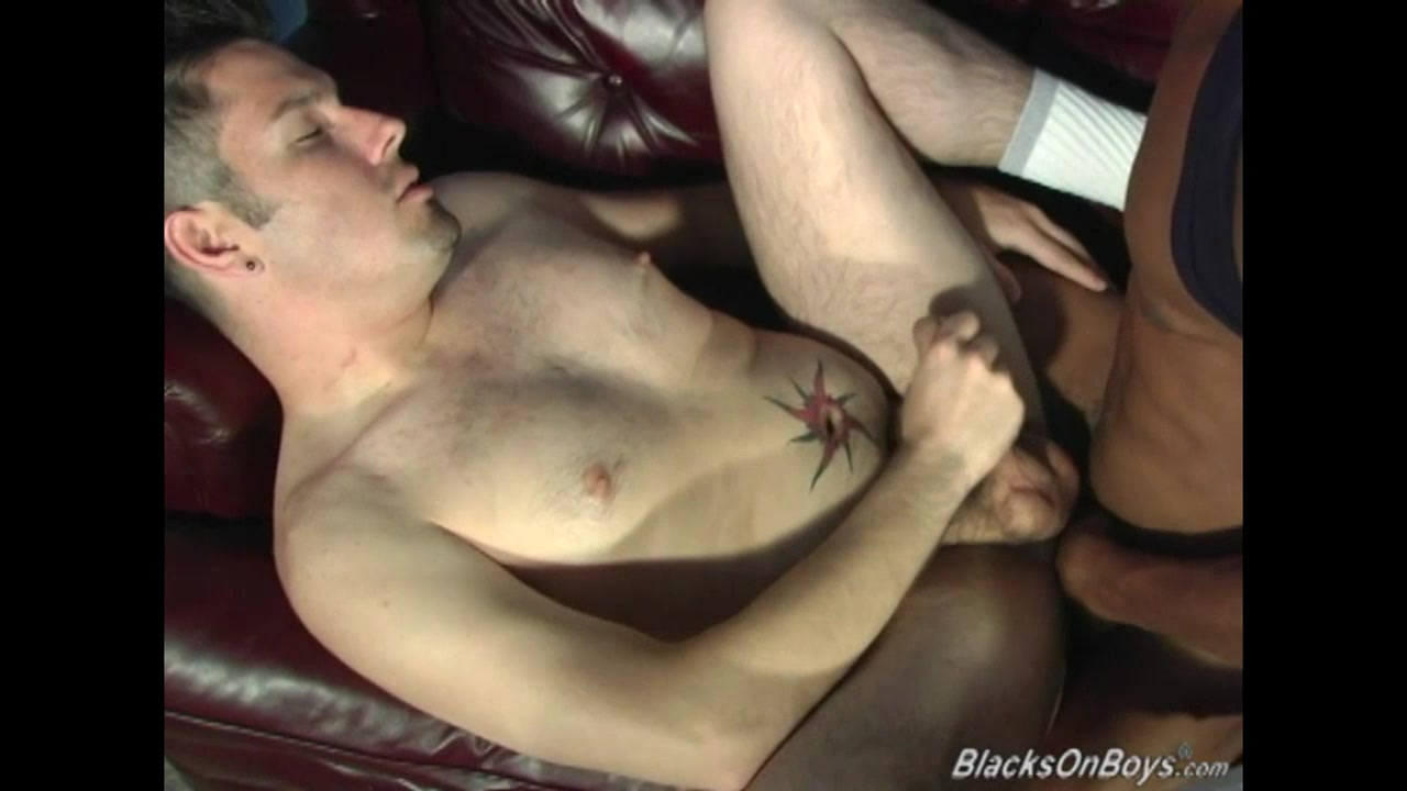Black men sharing the tight ass of a white guy big tits miosotis free video