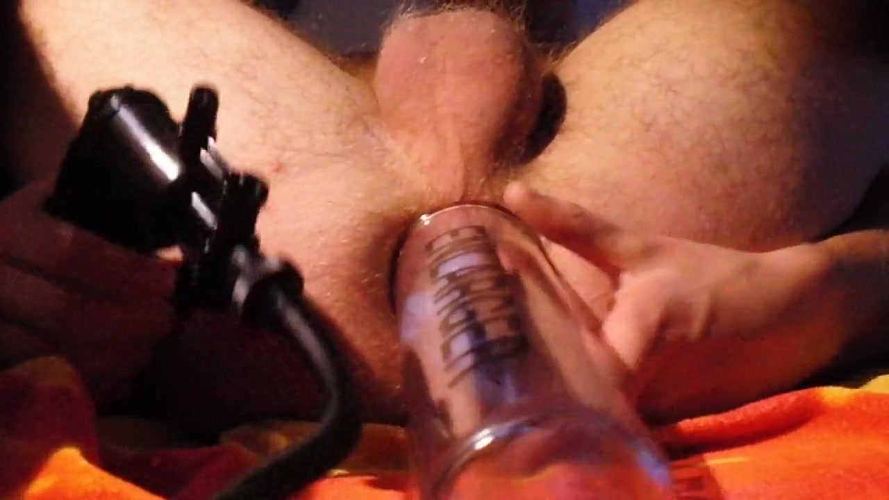 Anal play and pumping Simon Benson