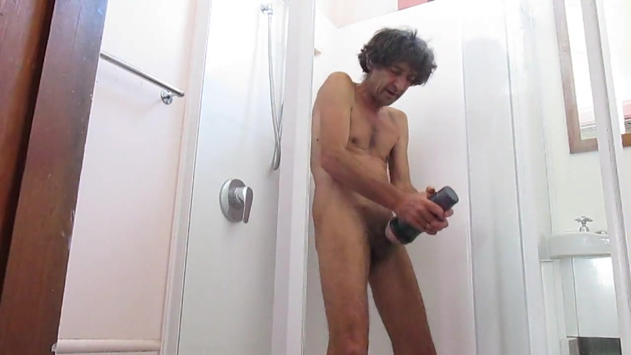 Steveo showing how to use fleshlight in shower Sex Escort in Reims