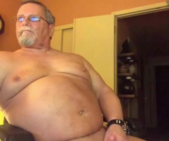 Grandpa cum on cam 4 Nice shaped cock for sexy milf