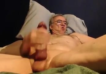 Grandpa stroke on cam 2 hot sexy women having amature sex videos