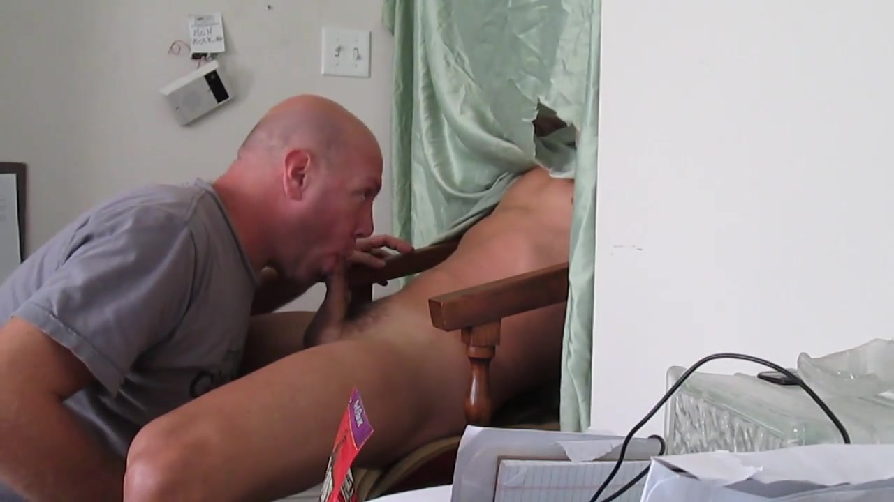 Gloryhole kickback 2 Faapy ending with a customer
