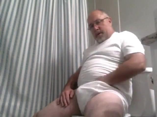 Daddies Webcam - 238 Milf dancing and flashing tits dailymotion