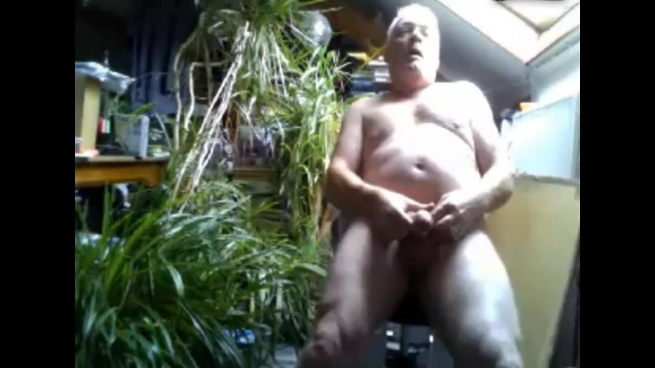 Grandpa cum on cam 1 How to hide stuff on iphone