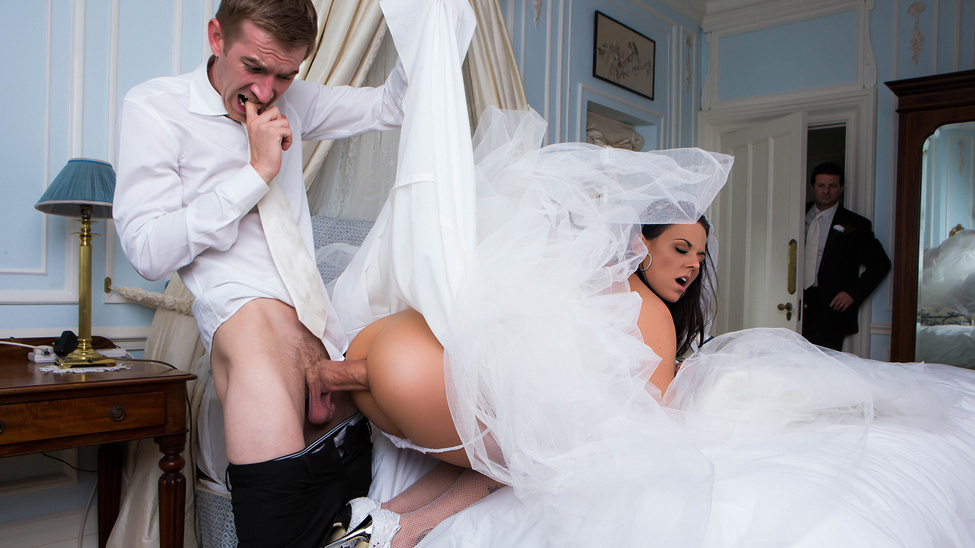 Simony Diamond & Danny D in Big Butt Wedding Day - Brazzers naked asians in thigh highs