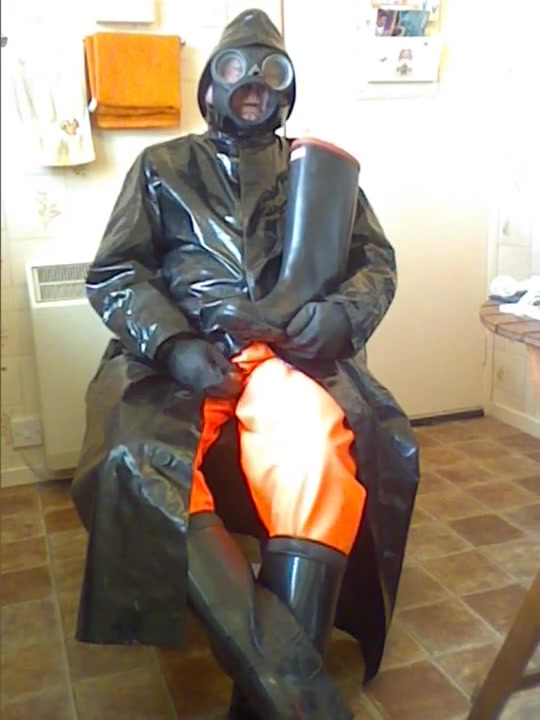 Oilskins and rubber wank. Sexy nude milf grand milf